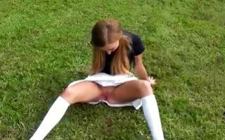Horny girlfriend Cameron has deep outdoor sex after blowjob